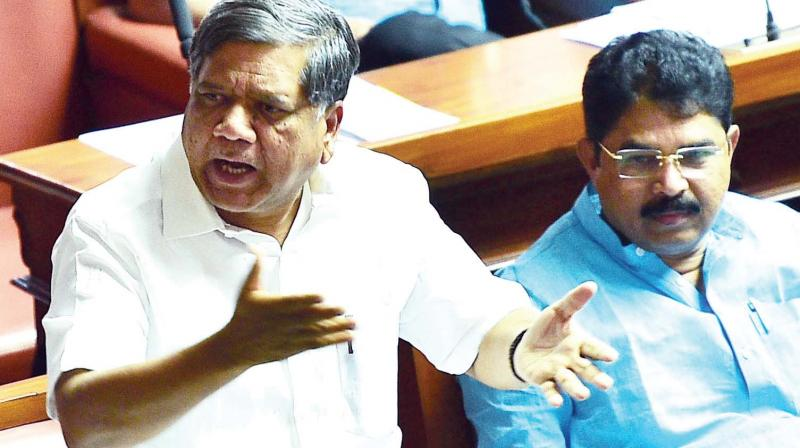 Opposition leader Jagadish Shettar speaks during the Assembly session at Vidhana Soudha in Bengaluru on Thursday. BJP leader R. Ashok is also seen