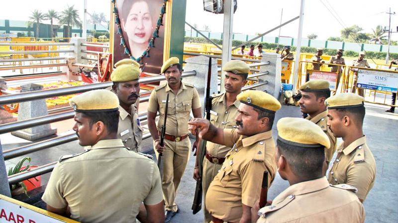 Death at Amma memorial: Police constable guarding venue reportedly shoots himself