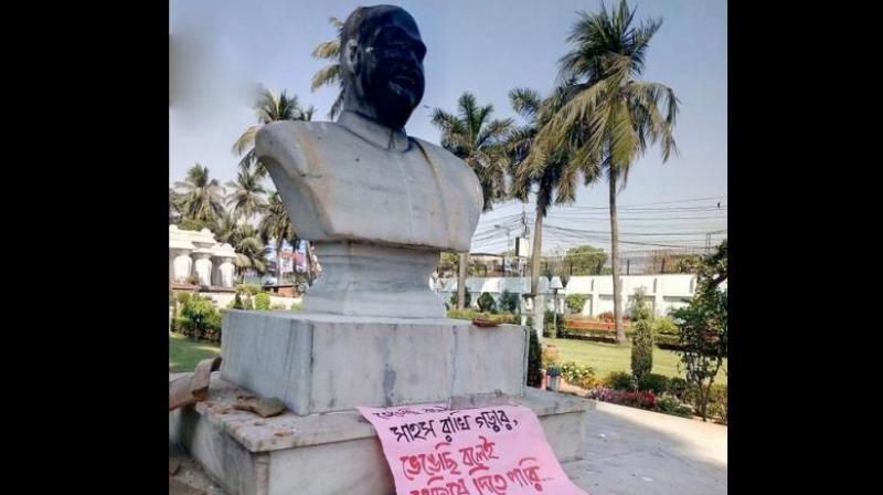 Syama Prasad Mookerjee's bust vandalised in Kolkata, six detained