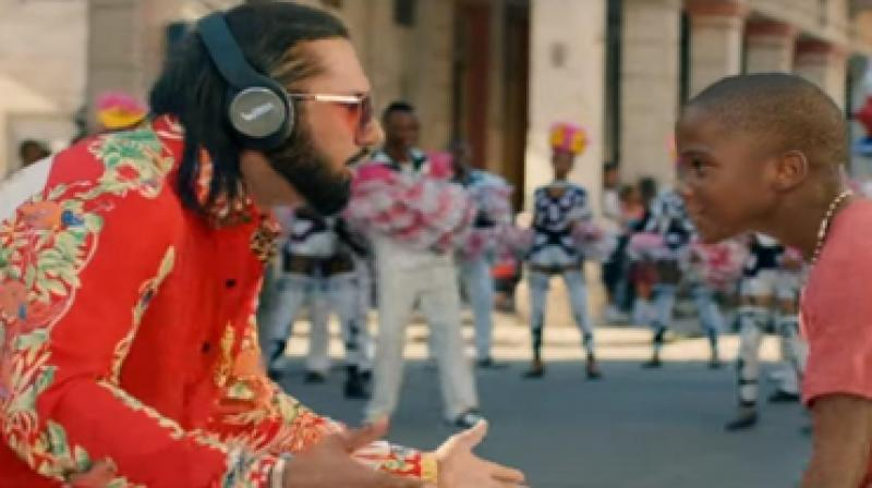 The song marks the comeback of YoYo Honey Singh and he can be seen donning UBON headphones while rapping in his latest video.