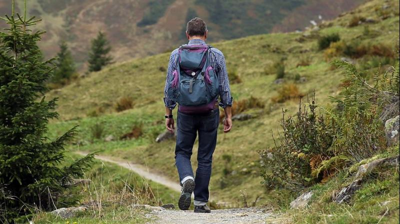 5 items you need on a trekking trip. (Photo: Pixabay)