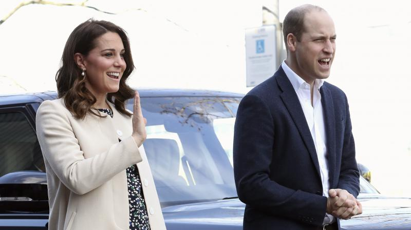 Pregnant Kate Middleton, Prince William Join Queen Elizabeth For Easter Church Services