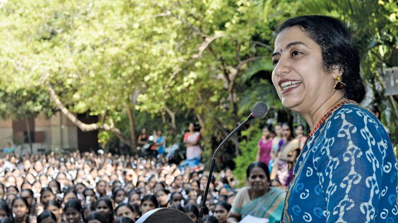 Suhasini delivering a speech at her alma mater Sarada Vidyalaya.
