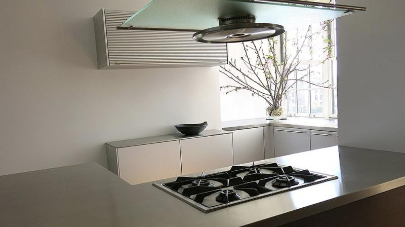 ne key way to create a healthier home is making sure your kitchen offers plenty of open space for cooking and meal prep, as well as natural light. (Photo: AP)
