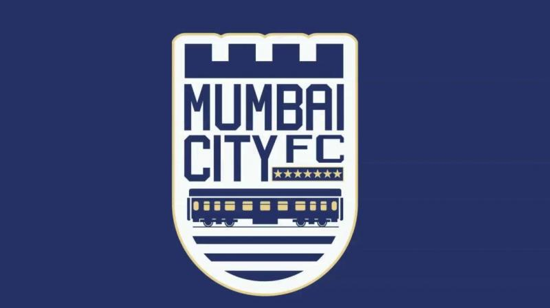 Mumbai City FC goalkeeper Kunal Sawant and striker Pranjal Bhumij inaugurated the 'Walk to Beat Diabetics' walkathon hosted by Nanavati hospital. (Photo: Mumbai City FC)