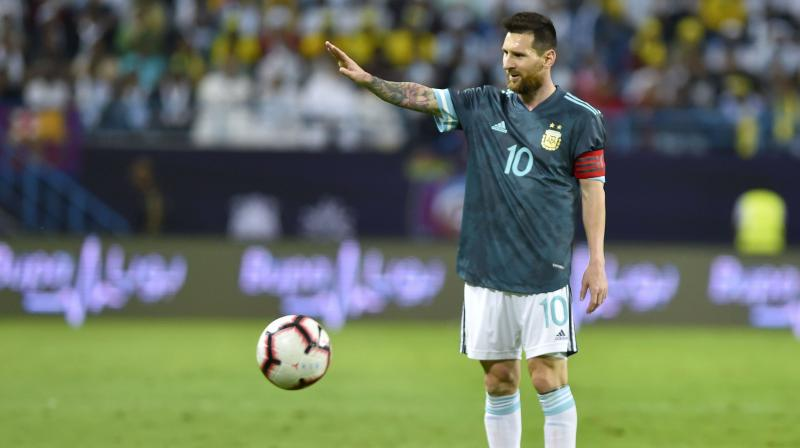 During Argentina's friendly match against Brazil, things escalated so much between Argentine striker Lionel Messi and Brazil Coach Tite, the cameras caught 31-year-old footballer telling the rival team's coach to 'shut up'. (Photo:AP)