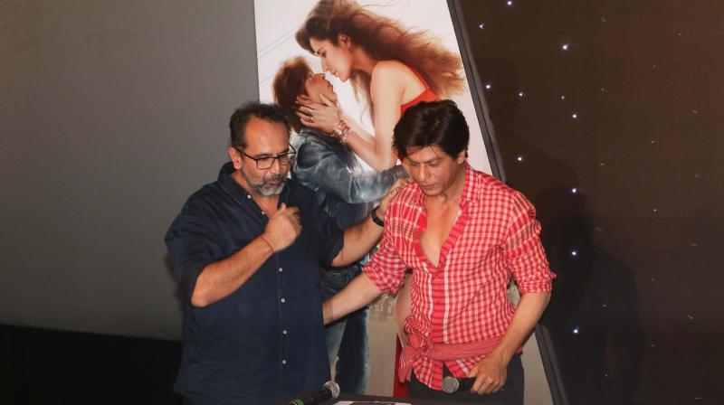 Aanand L Rai and Shah Rukh Khan at Zero trailer launch.