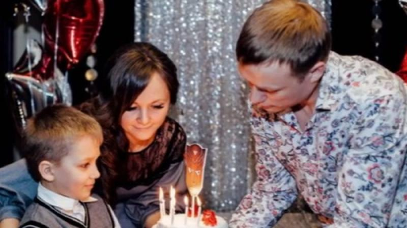 Anna celebrating her son's birthday with her son (Photo: video grab)