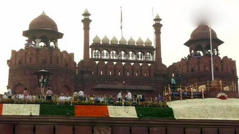 The roads leading to the Red Fort are under surveillance and police personnel are taking help of trained sniffer dogs to check vehicles in north and central districts of Delhi. (Photo: Representational)