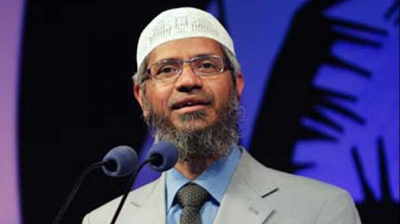 Indian Islamic preacher apologizes to Malaysians for racial remarks