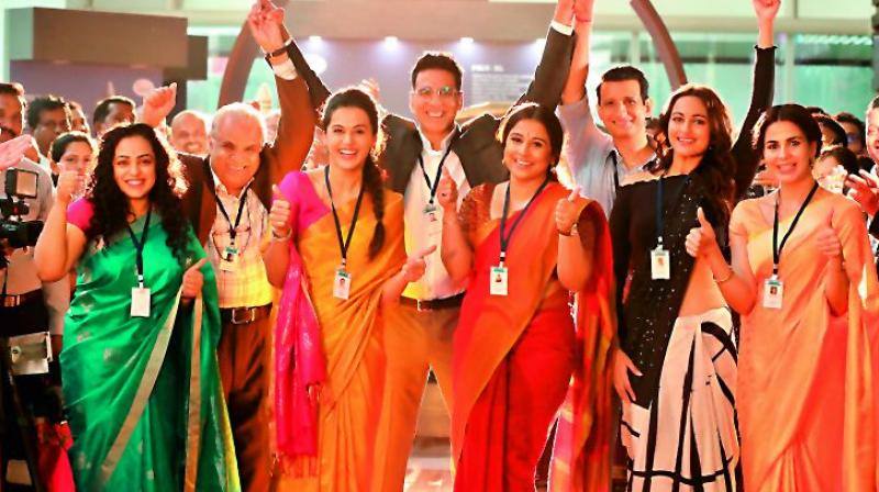 Akshay Kumar, along with the main female cast of the film Mission mangal: Taapsee Pannu, Sonakshi Sinha, Vidya Balan, Nithya Menon, Kirti Kulhari are a part of the team of scientists from ISRO in the film.