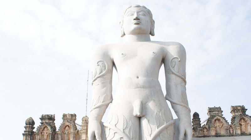 ASI officials inspecting the statue of Bahubali at Shravanabelagola. (Photo: DC)