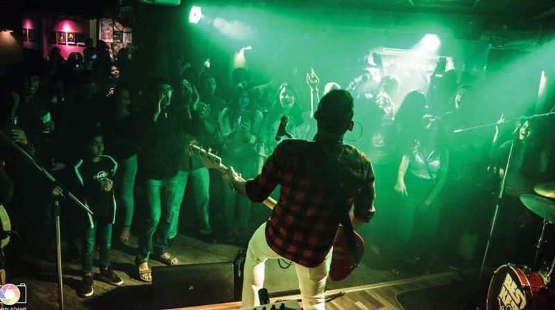 A band performing at Bflat in Indiranagar