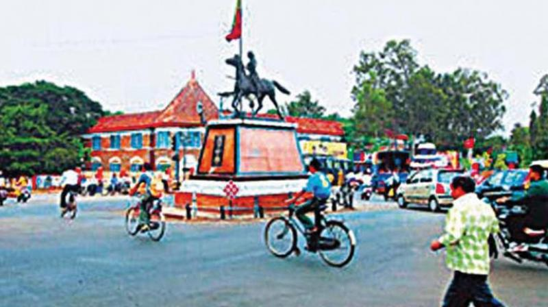 Although political leaders are keen on the creation of these two new districts, many Kannada activists fear it could weaken the Kannada cause due to the dominance of the Marathis in the border region. (Representational image)