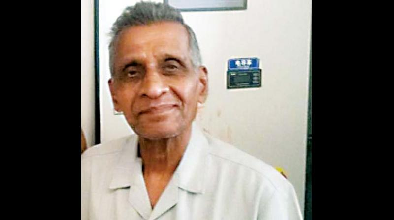 80-year-old Adilakshminarayan Shetty, who suffers from memory loss, wandered away from the group and disappeared into the crowd.