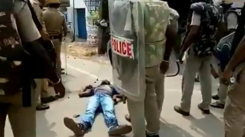 VIDEO emerged showing inhuman reaction of police in Tuticorin