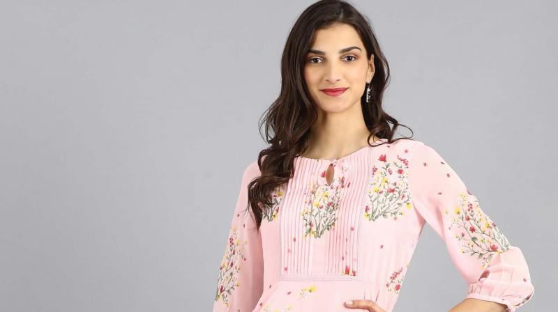 Pink round neck flared kurta by Sreeyashi Haldar