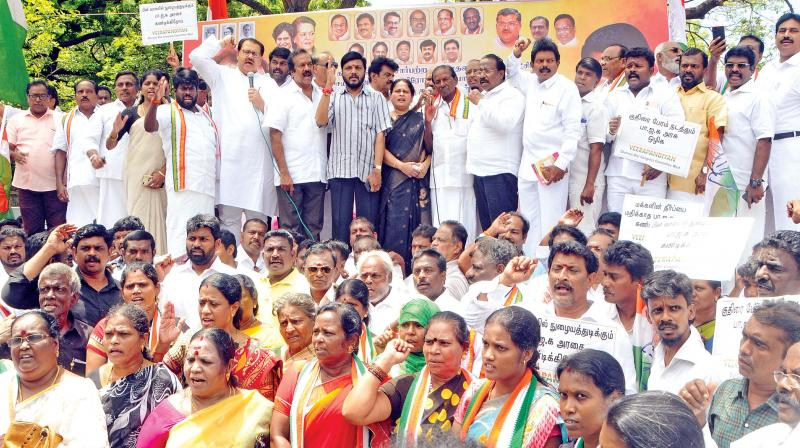 Congress leaders led by Sanjay Dutt and Kumari Ananthan staging a protest in Chennai on Saturday.