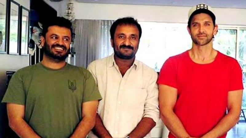 Vikas Bahl, Anand Kumar and Hrithik Roshan during discussions for 'Super 30.'