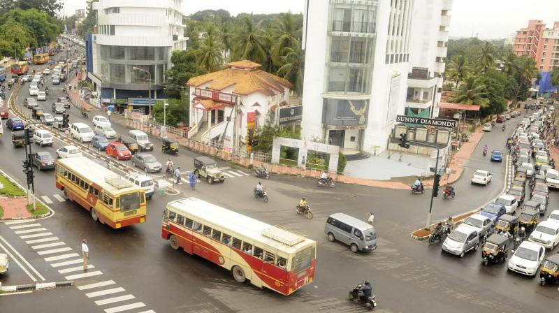 A long queue of vehicles can be seen at one side of the road at the busy intersection at Pattom on Wednesday (Photo: DC0