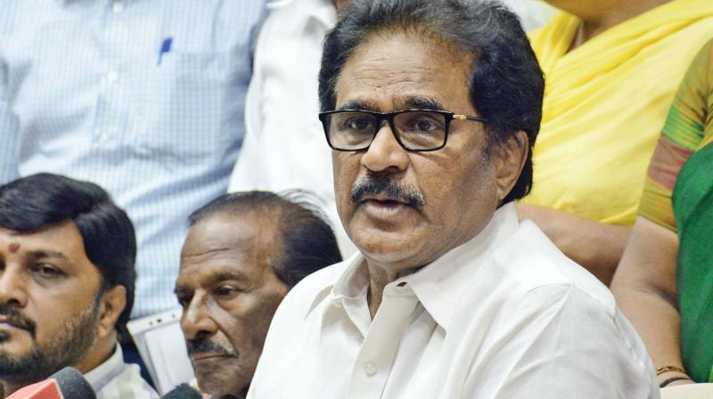 Congress MLA accuses of shadow BJP govt in Tamilnadu!