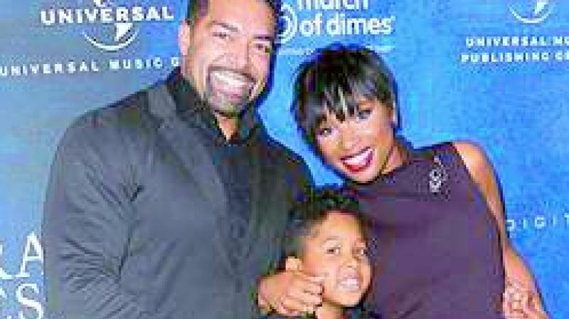 Jennifer Hudson with Ex David Otunga with their child