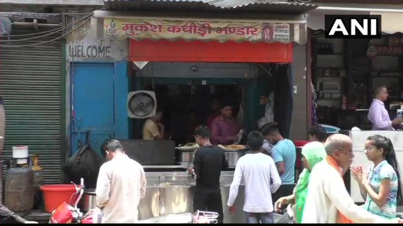 An outlet selling 'kachoris' in Uttar Pradesh's Aligarh has come under the scanner of the Income Tax department (Aligarh range). (Representational Image)