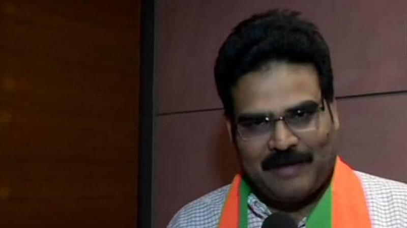 Lanka Dinakar also submitted his resignation to TDP chief N Chandrababu Naidu. (Photo: Twitter/ ANI)