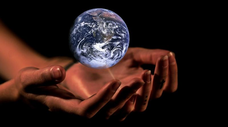 Rich people do little to help combat climate change. (Photo: Pixabay)