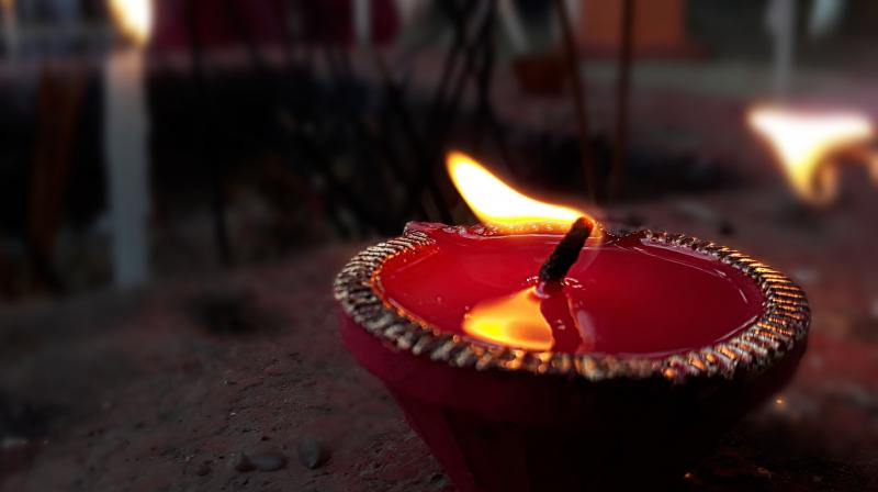 An even bigger challenge is finding the time to organise and throw your friends and family a Diwali party at home. (Photo: Pixabay)
