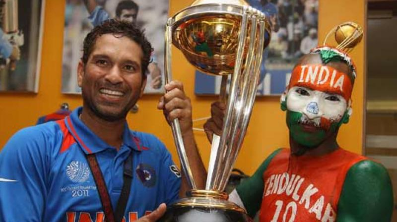 This is how Tendulkar's fan Sudhir is rooting for India in CWC'19