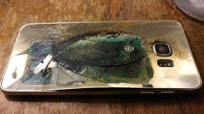 There are still many consumers who have reported that their Samsung-branded smartphones are still experiencing similar problems, wherein their devices' batteries are overheating and even catching fire in the process. (In image: Galaxy S6 Edge+/Softpedia/Representational image)