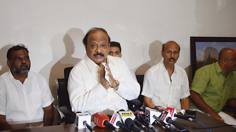 Former Minister Roshan Baig addressing the media at his Frazer Town home in Bengaluru on Wednesday. (Photo: DC)