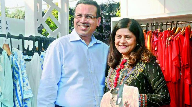Sanjiv Goenka with his wife Preeti Goenka