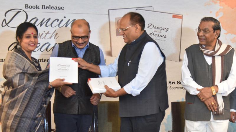 Poetic side of AP chief secretary Adityanath Das draws wholesome applause