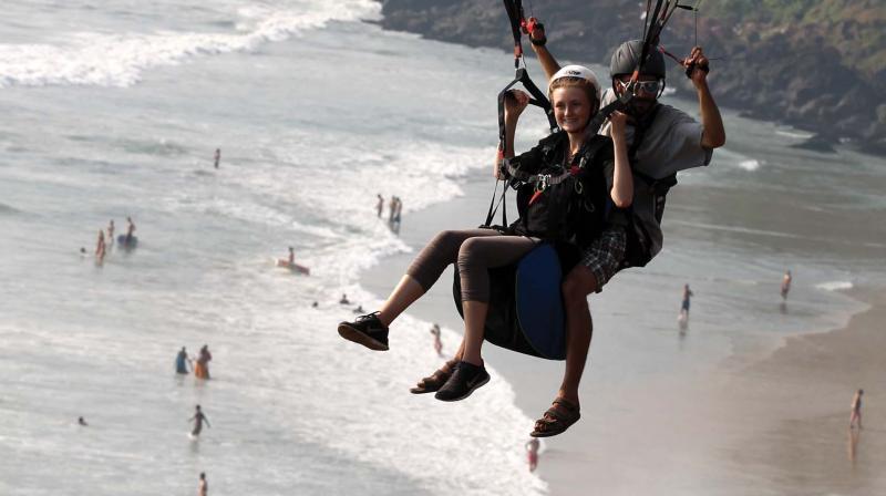 Aurelien Schot paragliding