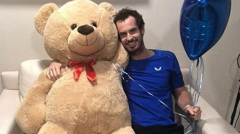 "Murray thanked Wawrinka for the gesture while adding that the teddy is ""absolutely huge"" and his kids might fight over it when he gets home from the hospital. (Photo: Instagram)"
