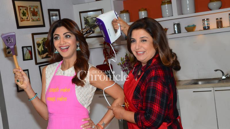 Shilpa Shetty Kundra and Farah Khan shot for a special episode for the former's wellness series in Mumbai on Saturday. (Photo: Viral Bhayani)