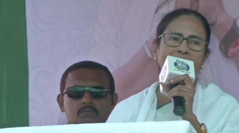 To make up for the shortened time, Mamata has packed Thursday with two rallies and roadshows. (Photo: ANI)