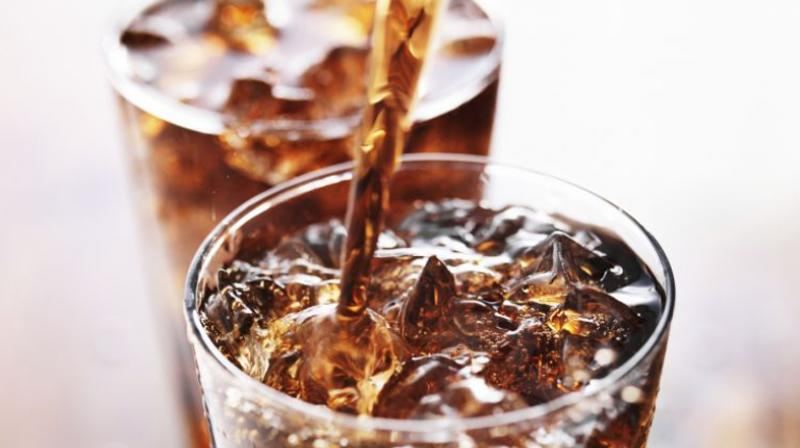 Even after excluding diabetics from the study, diet soda consumption was still associated with the risk of dementia (Photo: AFP)