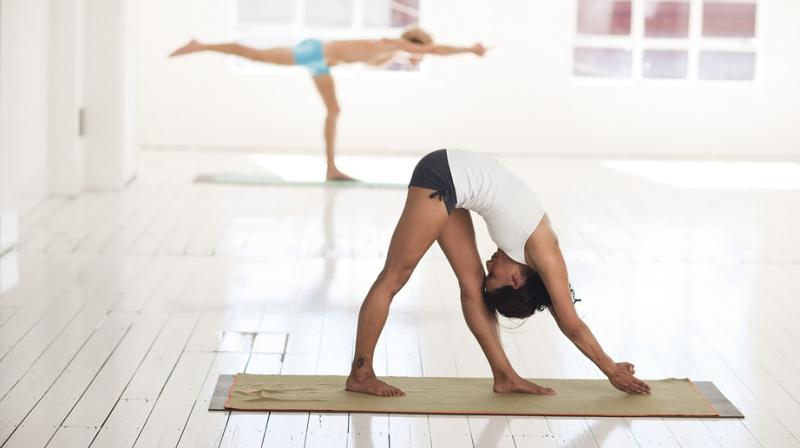 Researchers say hot yoga no more effective than traditional form. (Photo: Pixabay)
