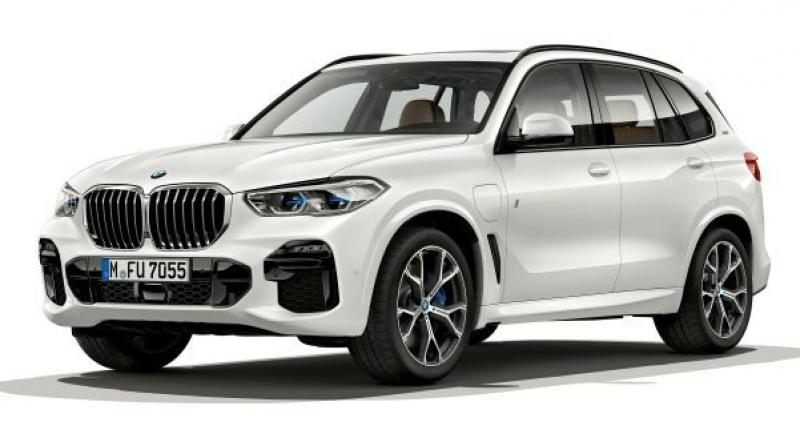 BMW unveiled the fourth-gen X5 in June 2018.