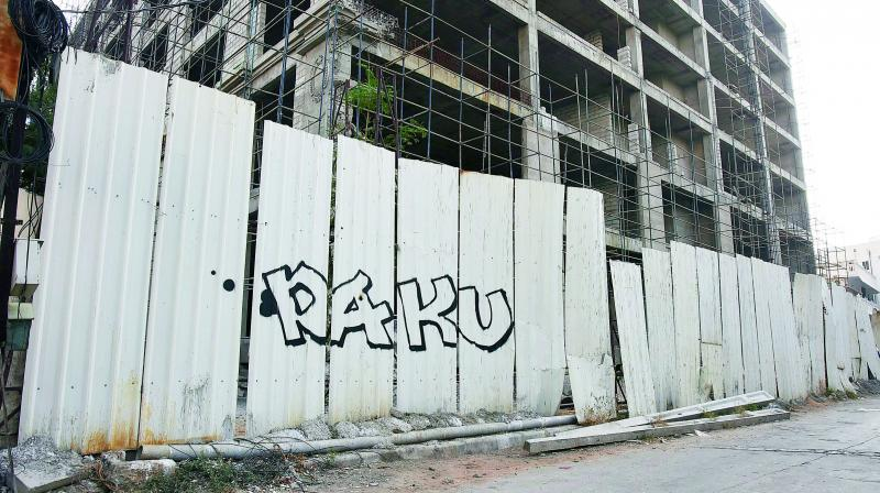 Famed street graffiti artist Daku marked his presence in the city with his signature, at a construction site in Banjara Hills.