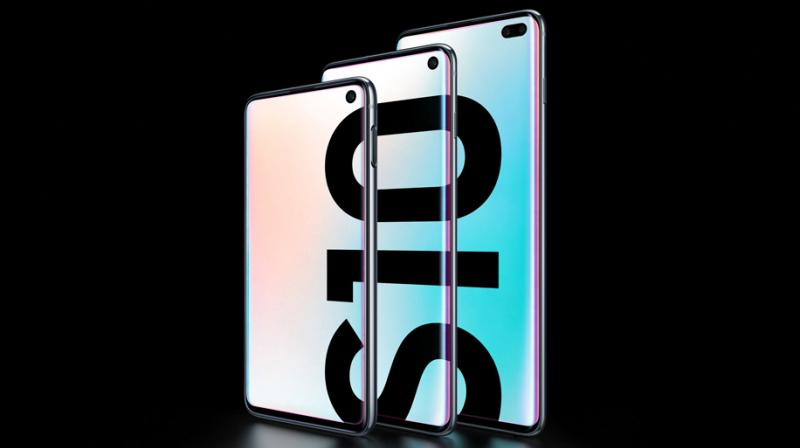 Galaxy S10 is designed for those who want a premium smartphone with powerful performance and sets the stage for the next generation of mobile experiences.