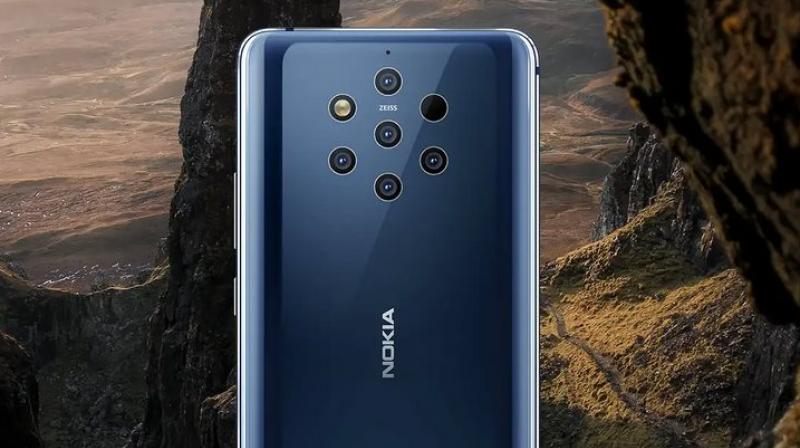 Two cameras on the Nokia 9 PureView are comprised of RGB sensors while the remaining three are monochromatic sensors.