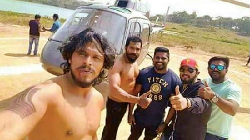 Raghav Uday along with Anil Kumar had clicked this photo before the fatal incident
