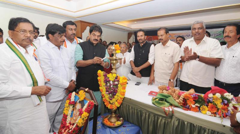 AICC General Secretary in-charge of Karnataka K.C. Venugopal, KPCC President Dr G. Parameshwar and Public Works Minister Dr H.C. Mahadevappa inaugurate 'Mane Manege Congress' programme in Mysuru on Tuesday 	– KPN