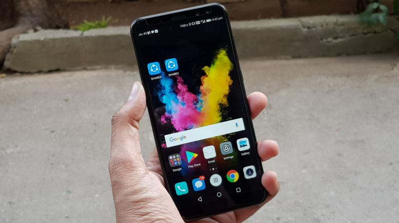 The Honor 9i is undoubtedly in the race for being the best smartphone in the sub 20K range. It comes with a decent design, an edge-to-edge display, dual cameras on both ends and a long lasting battery.
