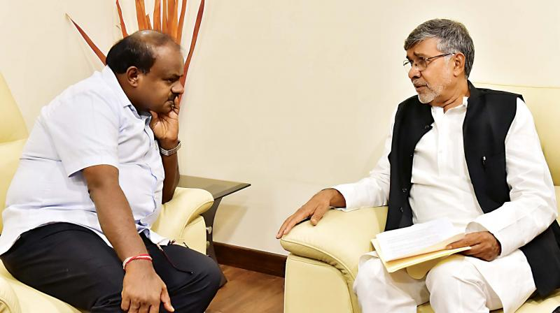 Nobel laureate Kailash Satyarthi and CM H.D. Kumaraswamy discussed about child rights and safety issues, on Saturday (Image: DC)