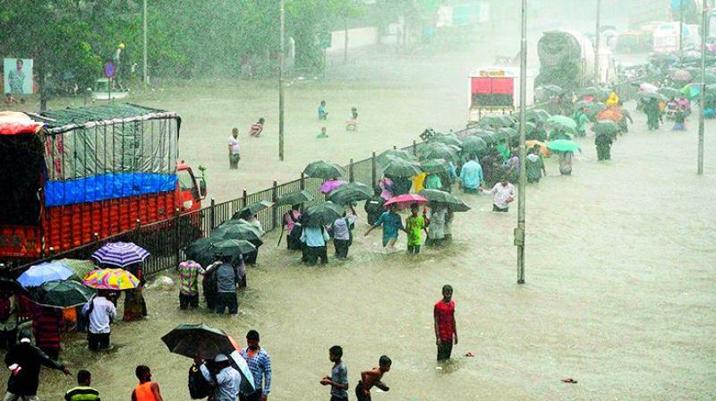 The deluge: A flooded Mumbai street. (Photo: DC)